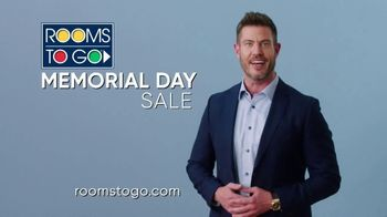Rooms to Go Memorial Day Sale TV Spot, 'Free Adjustable Base' Featuring Jesse Palmer - Thumbnail 9