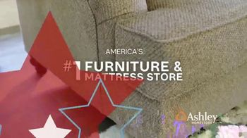 Ashley HomeStore Memorial Day Sale TV Spot, 'Summer's Hottest Deals: Panel Beds & Sofas' Song by Midnight Riot - Thumbnail 9