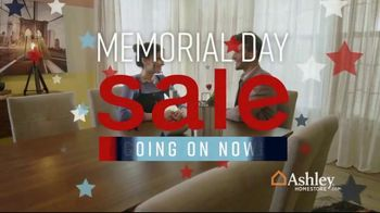 Ashley HomeStore Memorial Day Sale TV Spot, 'Additional Ten Percent' Song by Midnight Riot - Thumbnail 1