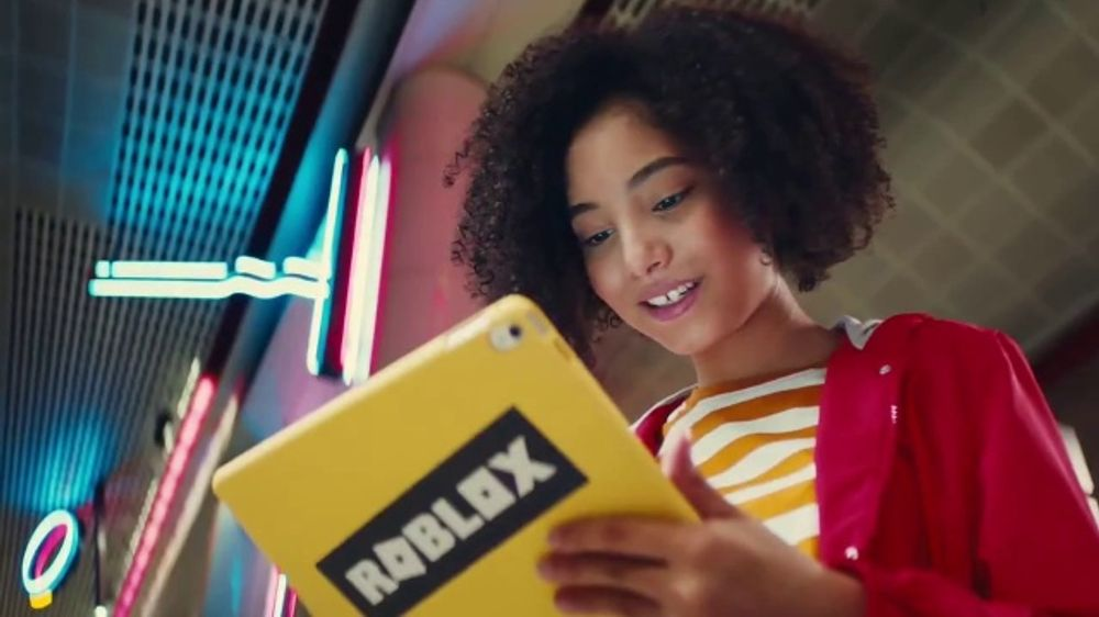 Roblox Corporation TV Commercial, 'Redefine the Way You ...