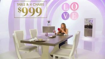 Rooms to Go TV Spot, 'Love Comes at a Price' Featuring Sofia Vergara - Thumbnail 4