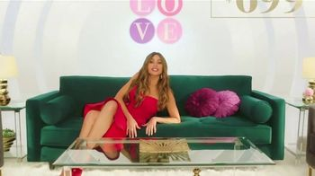 Rooms to Go TV Spot, 'Love at First Sight' Featuring Sofia Vergara - Thumbnail 5