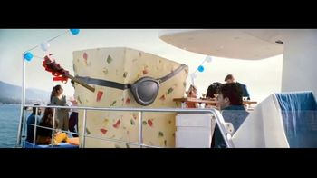 Tums Chewy Bites Cooling Sensation TV Spot, 'Play It Cool' - Thumbnail 4