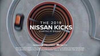 2019 Nissan Kicks TV Spot, 'Flex Your Tech' Song by Louis The Child, K.Flay [T1] - Thumbnail 10