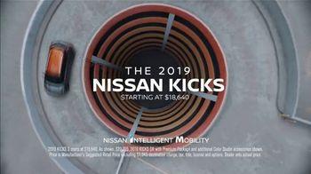2019 Nissan Kicks TV Spot, 'Flex Your Tech' Song by Louis The Child, K.Flay [T1] - Thumbnail 10