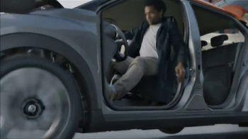 2019 Nissan Kicks TV Spot, 'Flex Your Tech' Song by Louis The Child, K.Flay [T1] - Thumbnail 7