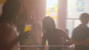 Corona Refresca TV Spot, 'House Party' - Thumbnail 10