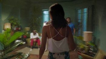 Corona Refresca TV Spot, 'House Party' - Thumbnail 6