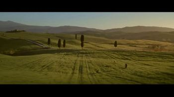 Acqua Panna TV Spot, 'Meet Me in Toscana' - Thumbnail 6