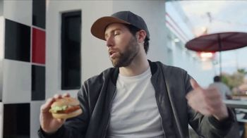 Checkers & Rally's 2 Sandwich Meal Deal TV Spot, 'Date' - Thumbnail 8