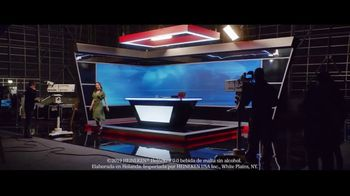 Heineken 0.0 TV Spot, 'Entre bastidores' canción de The Isley Brothers [Spanish] - Thumbnail 2