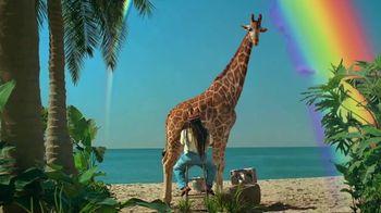 Skittles TV Spot, 'Ordeñando una jirafa' [Spanish] - Thumbnail 9