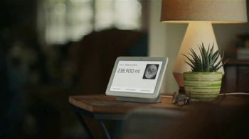 Google Nest Hub TV Spot, 'Be in the Know' - Thumbnail 3