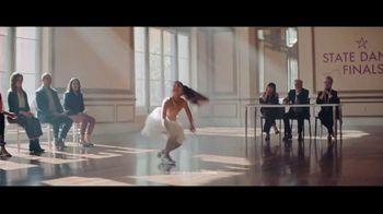 Chase Mobile App TV Spot, 'Bailarina' canción de Hipjoint [Spanish] - Thumbnail 4