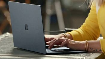 Microsoft Surface Laptop 2 TV Spot, 'Taylor Church: productora de televisión' [Spanish] - Thumbnail 4