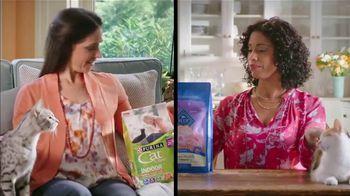 Blue Buffalo TV Spot, 'BLUE vs. Cat Chow: Kitty Cravings' - Thumbnail 4