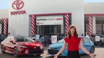 Toyota Summer Starts Here TV Spot, 'Fun Treats' [T2] - Thumbnail 10
