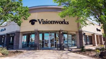 Visionworks TV Spot, 'Look Amazing' - Thumbnail 1