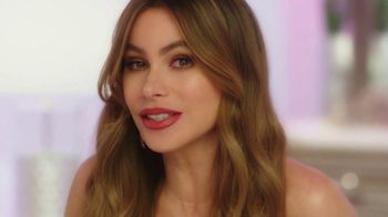 Rooms to Go TV Spot, 'Love at First Sight: Bedroom' Featuring Sofia Vergara - Thumbnail 3