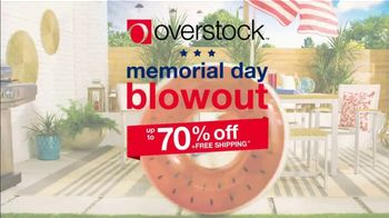 Overstock.com Memorial Day Blowout TV Spot, '25 Percent off Rugs' - Thumbnail 2
