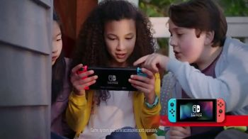 Nintendo Switch TV Spot, 'Yoshi's Crafted World: Retailer Gift Card' - 22 commercial airings