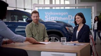 Volkswagen Sign Then Drive Event TV Spot, 'Coffee' [T2] - Thumbnail 2