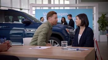 Volkswagen Sign Then Drive Event TV Spot, 'Coffee' [T2] - Thumbnail 3