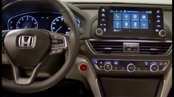 2019 Honda Accord TV Spot, 'Driver's Seat' Featuring James Hinchcliffe [T2] - Thumbnail 5