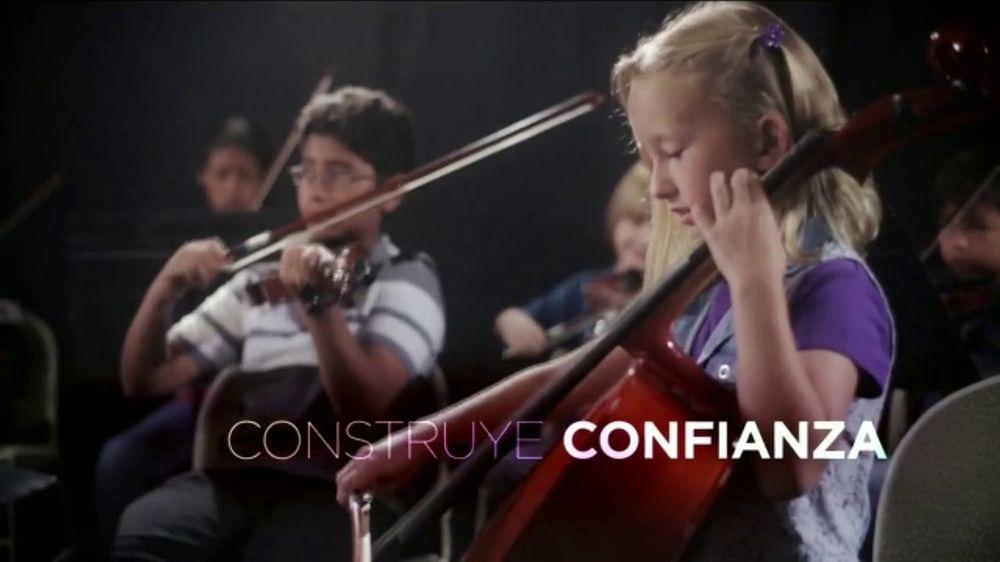 NAMM Foundation TV Commercial, 'Just Play: disfruta m??s de la vida' canci??n de Beethove