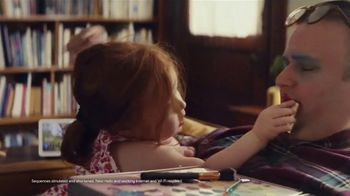 Google Nest Hub TV Spot, 'Get the Door Without Getting Up' Song by Valentino - Thumbnail 3