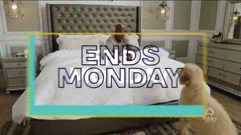 Ashley HomeStore Labor Day Mattress Sale TV Spot, 'Final Days: Tempur-Pedic' Song by Midnight Riot - Thumbnail 5