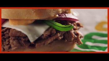 Subway Sliders TV Spot, 'Nos gusta ahorrar para poder gastar' [Spanish] - Thumbnail 4