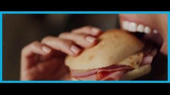 Subway Sliders TV Spot, 'Nos gusta ahorrar para poder gastar' [Spanish] - Thumbnail 5