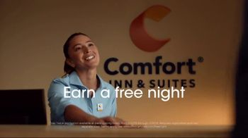 Choice Hotels Stay Twice Promotion TV Spot, '2019 Fall: Earn a Free Night' - Thumbnail 4