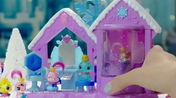 Hatchimals CollEGGtibles Season 6 The Royal Hatch TV Spot, 'Accesories in Every Egg' - Thumbnail 4