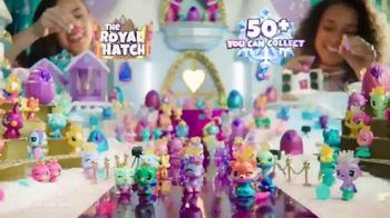 Hatchimals CollEGGtibles Season 6 The Royal Hatch TV Spot, 'Accesories in Every Egg' - Thumbnail 8