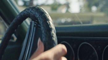 Edelbrock AVS2 Carburetor TV Spot, 'It Moves' Featuring Constance Nunes - Thumbnail 1