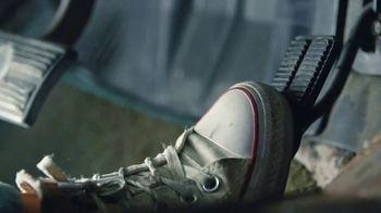 Edelbrock AVS2 Carburetor TV Spot, 'It Moves' Featuring Constance Nunes - Thumbnail 3
