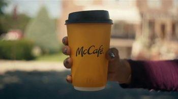 McDonald's McCafé Coffee TV Spot, 'Para que la buena onda no pare' [Spanish] - Thumbnail 1