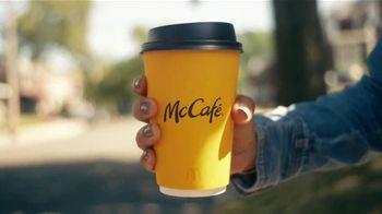 McDonald's McCafé Coffee TV Spot, 'Para que la buena onda no pare' [Spanish] - Thumbnail 4
