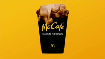 McDonald's McCafé Coffee TV Spot, 'Para que la buena onda no pare' [Spanish] - Thumbnail 7