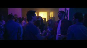 Corona Extra TV Spot, 'Abrazos' canción de Geowulf [Spanish] - Thumbnail 2
