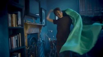 Harry Potter Invisibility Cloak TV Spot, 'Appear to Disappear' - Thumbnail 5