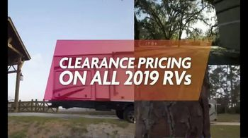 Camping World End of Summer Clearance TV Spot, 'Get Ready to Save' - Thumbnail 6