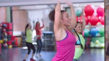 Dove Beauty Bar TV Spot, 'Ana García: instructora de Zumba' [Spanish] - Thumbnail 1