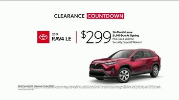 Toyota Clearance Countdown TV Spot, 'Your Timing Couldn't Be Better: SUV' [T2] - Thumbnail 4