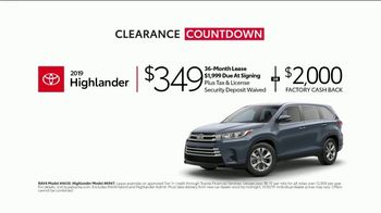 Toyota Clearance Countdown TV Spot, 'Your Timing Couldn't Be Better: SUV' [T2] - Thumbnail 5
