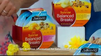 Sargento Sunrise Balanced Breaks TV Spot, 'Hallmark Channel: Home & Family' Featuring Debbie Matenopoulos and Mark Steines - Thumbnail 5