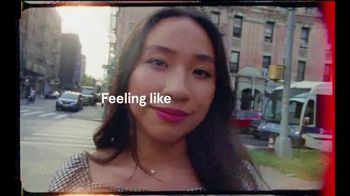 Glossier TV Spot, 'Feeling Like Sandy' - Thumbnail 3