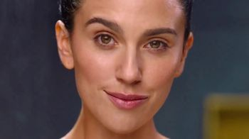 Olay Ultra Moisture Body Wash TV Spot, 'Better Believe It' - Thumbnail 10